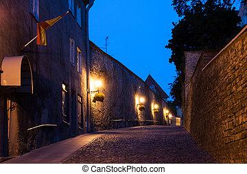 rua, antigas, tallinn, noturna