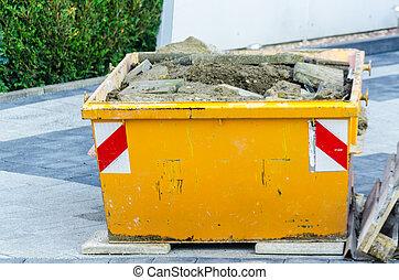 Rubbish Skip, Dumpster construction site - Gefüllter ...