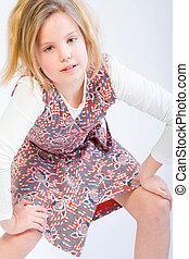 rubio, niño, posar, moda