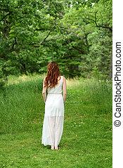 rudzielec, ciągnąć, kobieta, las