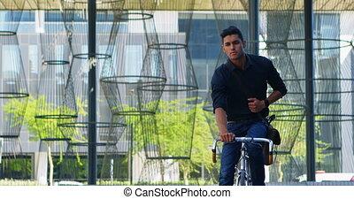 rue, bicyclette voyageant, homme, 4k