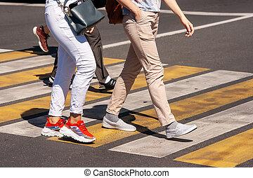 rue croisement, piéton, gens