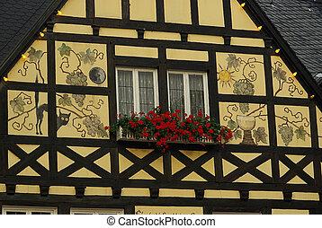 Ruedesheim half-timber house 01