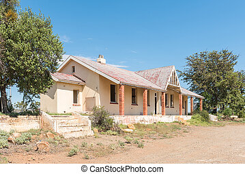 Ruin of the railway station building in Willowmore