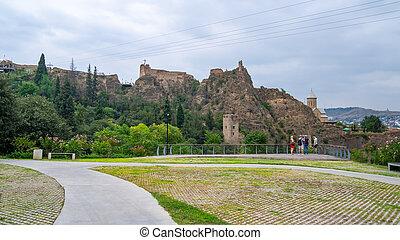 ruinas, alto, tbilisi., antiguo, montaña, narikala, ...