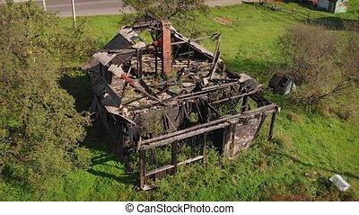 ruine, maison, rural, brûlé, perspective, aérien
