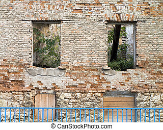 Ruined wall
