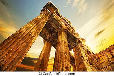 ruins., gammal, baalbeck, libanon, romerska spalter