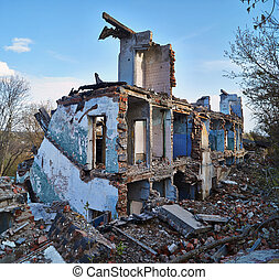 Ruins of an old brick house.