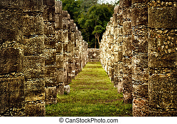 Ruins of Chichen Itza pre-Columbian Mayan city. Mexico -...