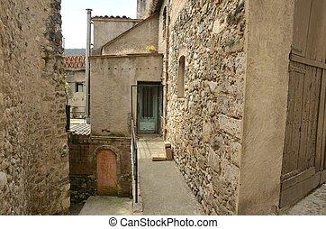 Run-down houses - Run-down alley in Besalu, a medieval town ...