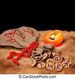 runes, bolsa, y, vela, con, espacio de copia