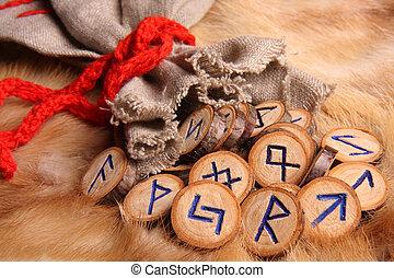 runes, primer plano
