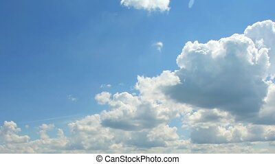Running clouds (Time Lapse) FULL HD