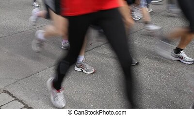 running people in a contest