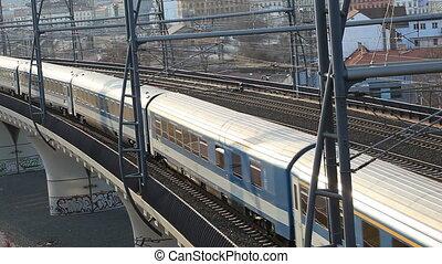 Running train - Train at elevated railway