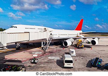 Runway in Cancun Airport