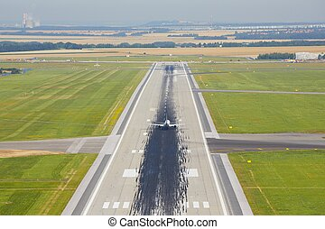 Runway - Marking on the beginning of the long runway