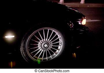 ruota, primo piano, pneumatico, efficiente, automobile, esaurimento, notte, track., pneumatici, fondo., trascinare, nero, macchina lusso, carburante, da corsa, way.