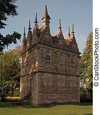 Rushton Triangular Lodge - Rushton Triangular lodge in ...