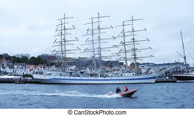 russe, barque, masted, mir, trois