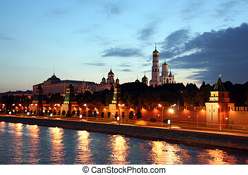 Russia, Moscow, Kremlin, Kremlin Wall [(c) www.BilderBox.com, Erwin Wodicka, settlers row 3, A-4062 Thening, Tel + 43 676 5103 678.Verwendung only against FEE, RECEIPT, after COPYRIGHT NOTICE Policies