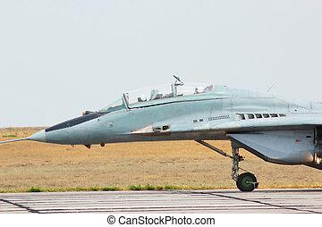 russo, mig-29, jet combattente, aerodromo