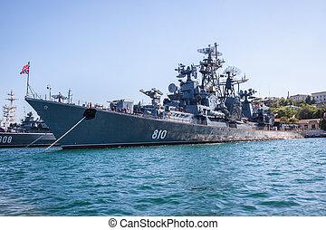 russo, navio guerra, em, a, baía, sevastopol, crimea,...