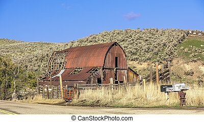 Rusty old barn in the country of Idaho