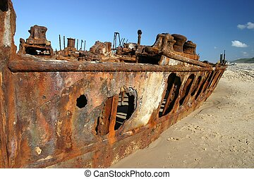 Rusty Shipwreck - Rusty shipwreck of the Maheno on Fraser...