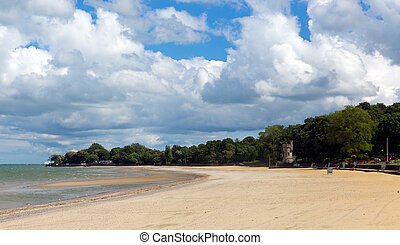 Ryde beach Isle of Wight blue sky - Ryde beach Isle of Wight...
