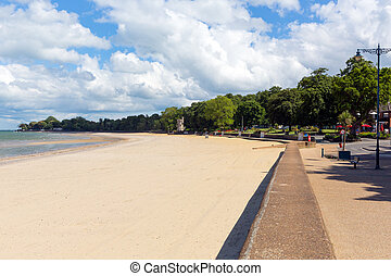 Ryde sandy beach Isle of Wight - Ryde beach Isle of Wight...