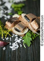 rye bread herring