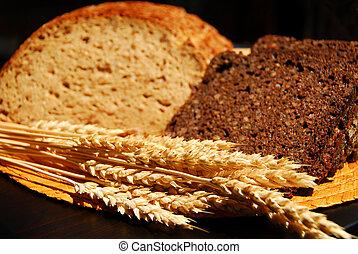 Rye bread - Two types of rye bread with rye ears