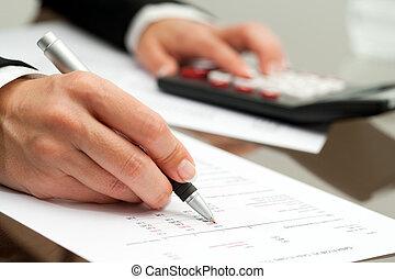 rykke sammen, i, hånd, hos, pen, på, bogholderi, document.
