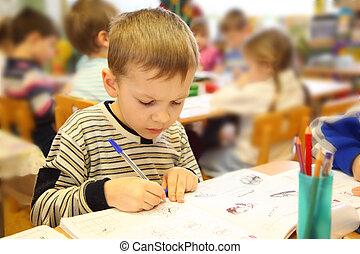 rysunek, chłopiec, w, przedszkole