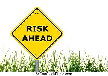 ryzyko, na przodzie