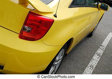 sárga, sportkocsi