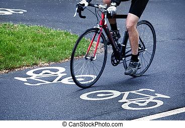 sáv, bicikli