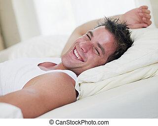 säng, skratta, man, lögnaktig
