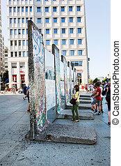 särar, av, berlin vägg, på, potsdamer, platz., berlin,...