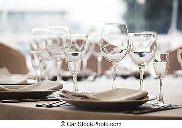 sätta, glasögon, tom, restaurang