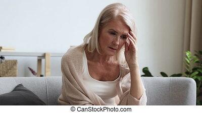 séance, divan, femme, sentiment, frustré, mûrir, anxious., retraité, vieux