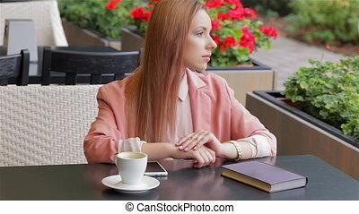 séance, femme, joli, restaurant