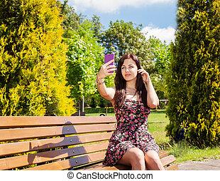 séance, selfie, parc, jeune, banc, confection, girl