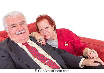 séance, sofa, couple, personnes agées, élégant, rouges