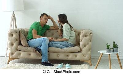 séance, sofa, décontracté, ensemble, conversation, couple