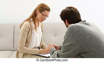 séance, sofa, jeune, conversation, thérapeute, homme