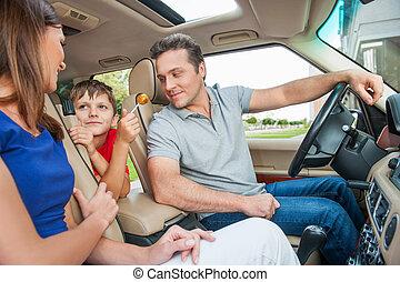 séance, voiture, regarder, parents, sourire, gosse