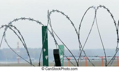 sécurité aéroport, barrière